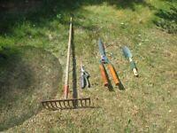 Job lot of garden ,allotment hand tools/ plus 2 hanging baskets!