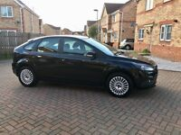 BLACK FORD FOCUS TITANIUM 1.6, CRUISE CONTROL, FULL SERVICE HISTORY, AUX, USB,HEATED SCREEN,HPI CLR