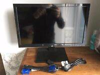 """19"""" LED Computer Monitor + Leads"""