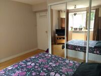 Double bedroom, very close to stockwell station
