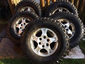 X5 Mitsubishi 4x4 Chunky Alloys & Tyres £250