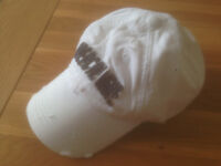 Abercrombie & Fitch Men's White Logo Twill Baseball Cap (Large) (never worn) JUST REDUCED
