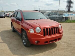 2009 Jeep Compass 2.4L 4 cyl. 4WD Sunroof Heated Seats!