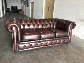 Ox blood Red Chesterfield sofa Can deliver
