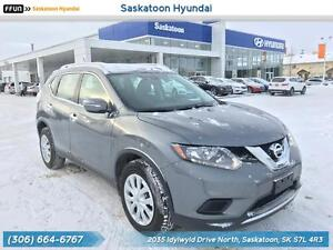 2015 Nissan Rogue S AWD - Touchscreen - Backup Camera