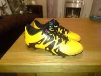 Kids adidas football bpots size 13