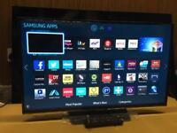 "Samsung 32"" Ex-Display Tv smart Apps inc Netflix Youtube wi-fi Warranty Free Delivery"