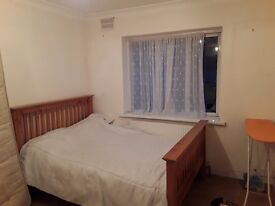 Double room to rent available now
