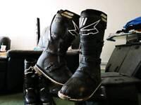 Axo endurance boots