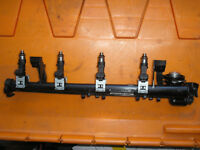 Ford Fiesta 2009 - 2016 fuel rail & injectors 8A6G 9H487 AC / VP8A6U KB