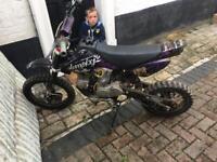 Stomp pit bike 110cc