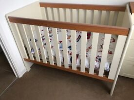 Nursery bought by grandparents like brand new