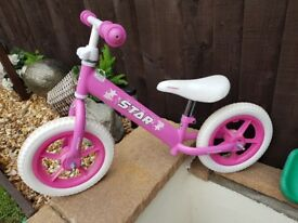 Girls balance bike as new