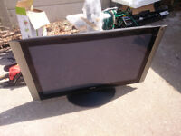 "42"" Hitachi Plasma TV built in Freeview"