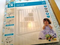 Mothercare Pressure Fit Auto Close Stairgate