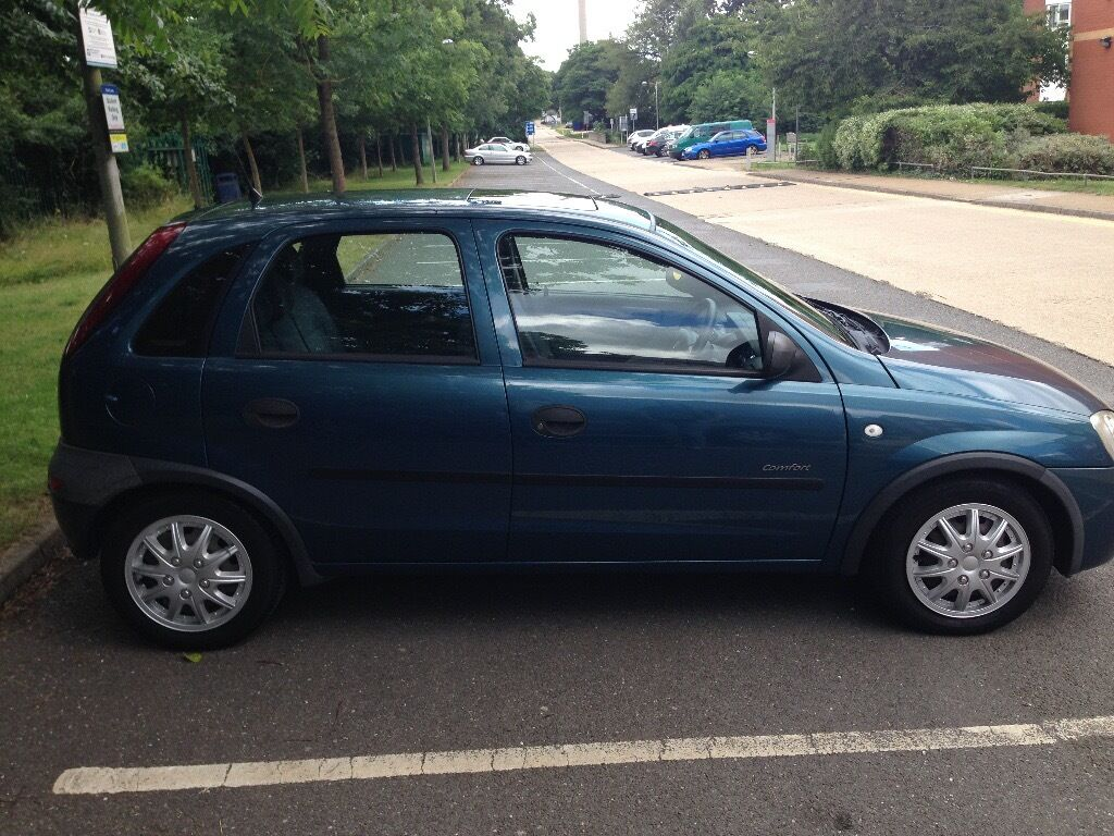 vauxhall corsa c 1 4 automatic 2001 blue in uxbridge london gumtree. Black Bedroom Furniture Sets. Home Design Ideas