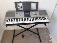 YAMAHA E323 electric Keyboard