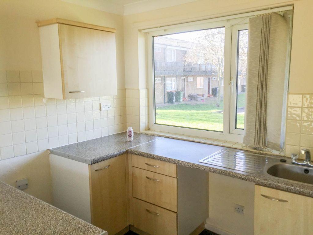 Newly decorated 1 bedroom flat, unfurnished, available NOW, NO Bond. Woodlands Road, Ashington