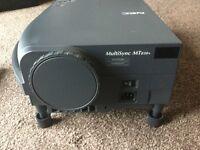 Home Cinema NEC MT-830+ MultiSync Projector + Extras