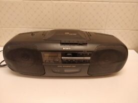 Sony CD, tape and radio player CFD-340
