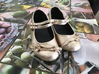 TU girls shoes