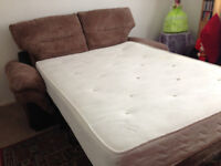 Double mattress in good condition for a tenner - North London