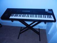 Korg M1 keyboard & keyboard stand