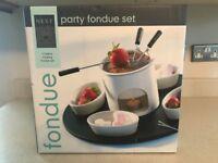 New and Boxed NEXT Ceramic Fondue set