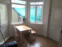 Fully furnished one bedroom flat in the Centre of Brighton, on Kings Road, Brighton