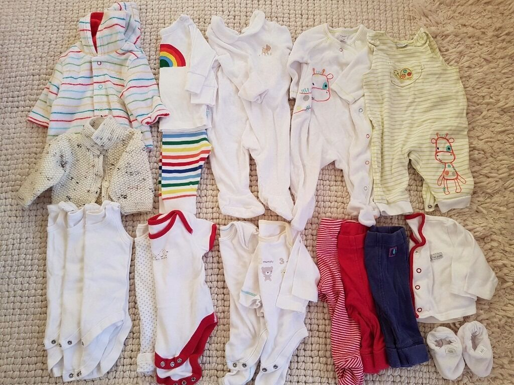 Unisex baby clothes 0 3 monthsin Barrow Upon Soar, LeicestershireGumtree - Unisex baby clothes. 0 3 months. Pet and smoke free home. Collection only from Barrow upon Soar