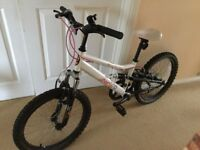 Girls bike, in very good condition.