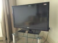 "LG television 32"" Digital Freeview LED"