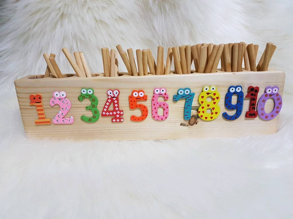Wooden Pre-School Mathematical Montessori Stick Early Learning Counting Toy