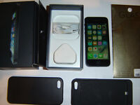 APPLE IPHONE 5 ,,,64 gig ,,BLACK AND SPACE GREY ,,, UNLOCKED