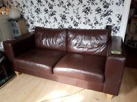 Modern Brown Leather Sofa Settee - seats 2 to 3 - good condition (Patcham)