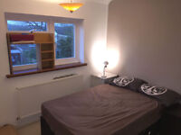 Double room near train stat. flat in Brentwood, fully furnished, close amenities, bills inc.