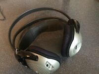 As New used just to test if working Phillips shc 2000 wireless headphones £21