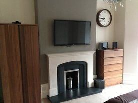 Large 2 Bed Flat - Union Grove