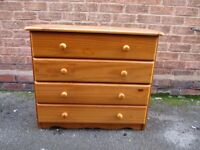 Chest of solid pine drawers, Excellent condition