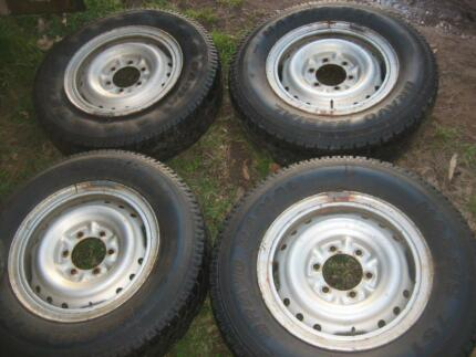 Landcruiser ~2000+ Split rim with tyres + extra tyres Glenorie The Hills District Preview
