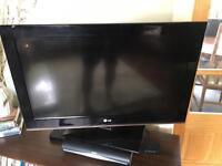 LG 32 Full HD LCD TV