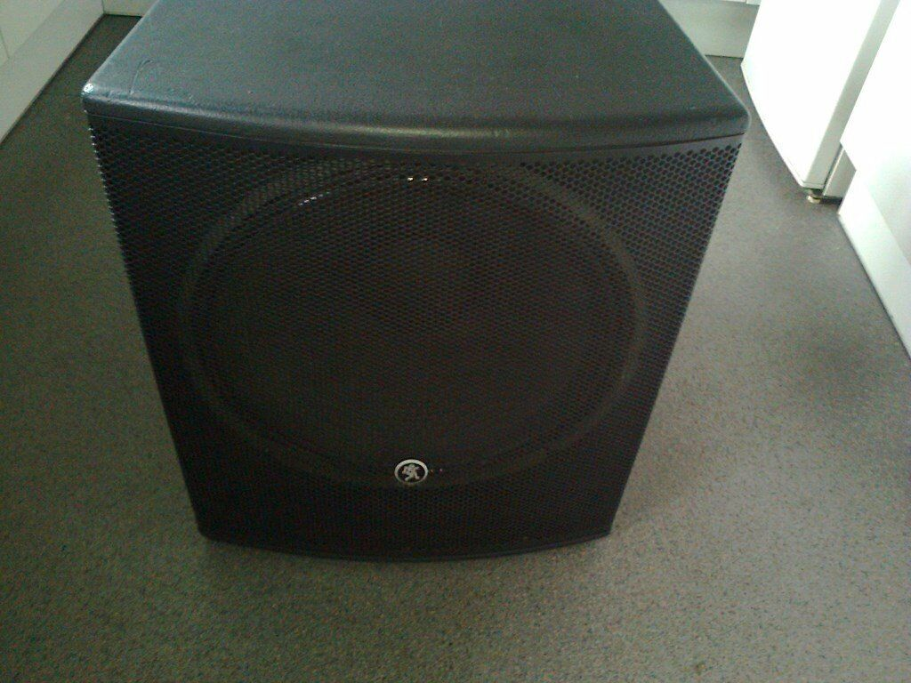 """Mackie SRM1801 18"""" Powered Subwoofer 1000 watts"""