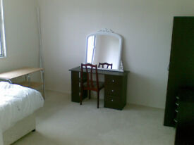 STUDENT DOUBLE ROOMS AVAILABLE NEAR WARWICK UNI.