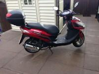 Lexmoto FMS 125CC Scooter Red