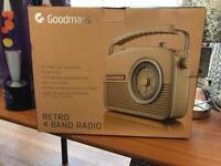Retro 4 Band Radio