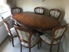 Oak Table set With 6 Chairs. Perfect Condition. Collection Only