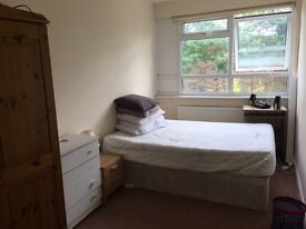 Immediately available One Double room in Stratford E15 rent £530PCM