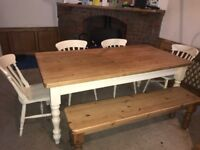 Immaculate Beautiful pine farmhouse table 4 chairs and bench