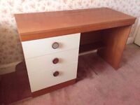 Retro dressing table with drawers