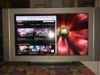BARGAIN Philips HD LCD 32inTV